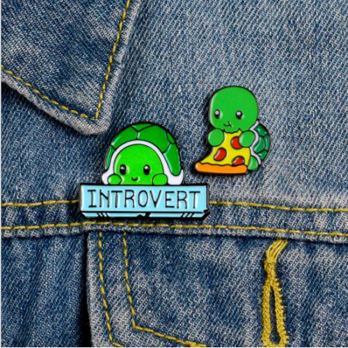 """Купить значок """"Introvert"""" на одежду в Минске"""