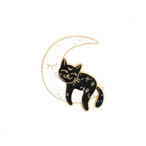 """Купить значок """"Котенок на луне"""" на одежду в Минске"""