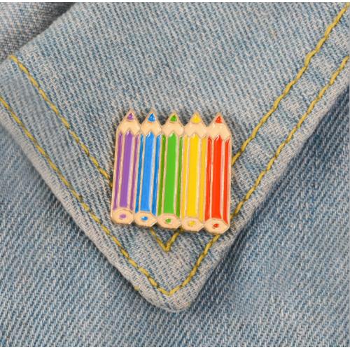 "Купить значок ""карандаши"" 25 х 25 мм на одежду в Минске"
