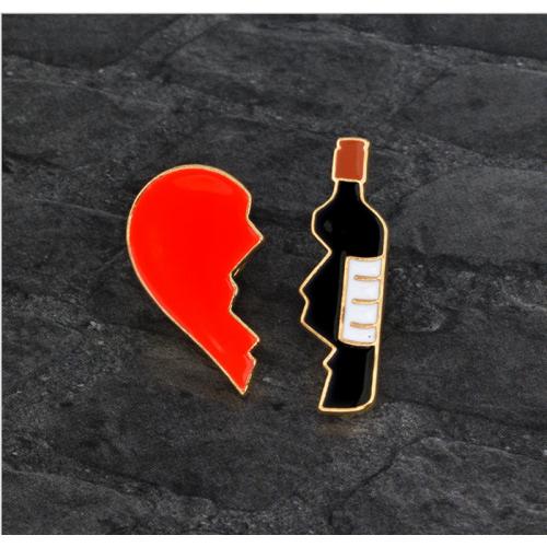"""Купить значок половинки """"Сердце и Вино"""" 15 х 30 мм на одежду в Минске"""