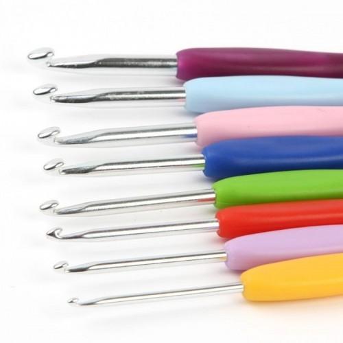 Купить крючок для вязания с силиконовой ручкой d 7.0-8.0 мм 14 см в интернет-магазине