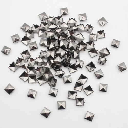 Металлические квадратные заклепки 9 мм